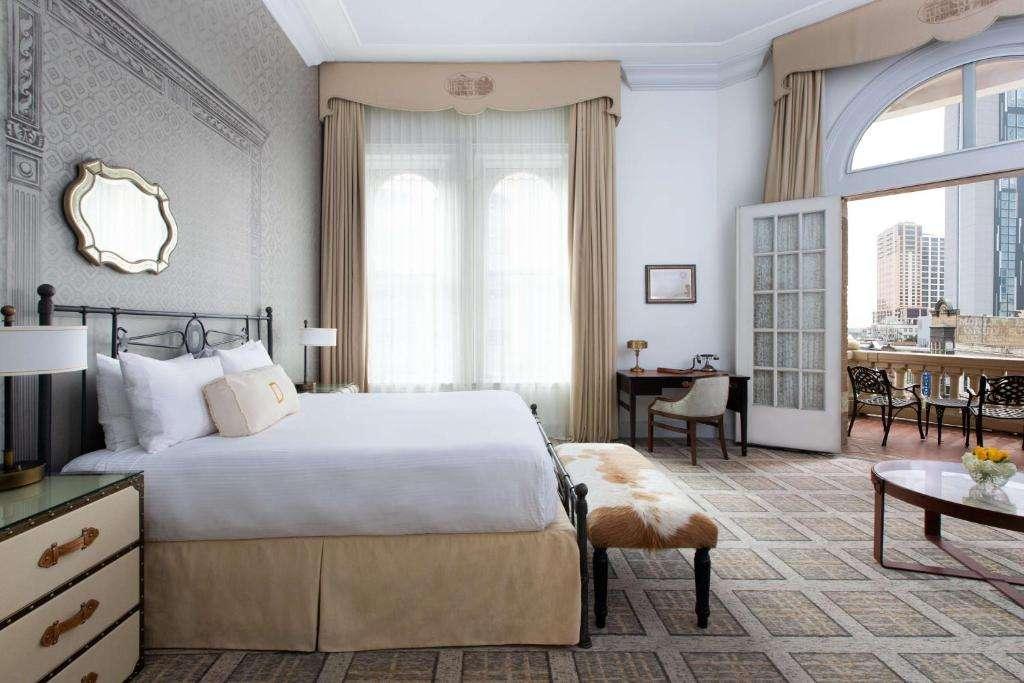 Romantic Hotel Room The Driskill Austin Texas