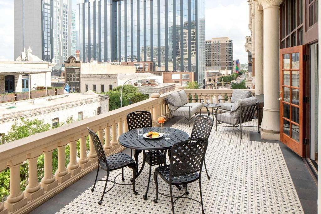 The Driskill Hotel Room with a Balcony in Austin