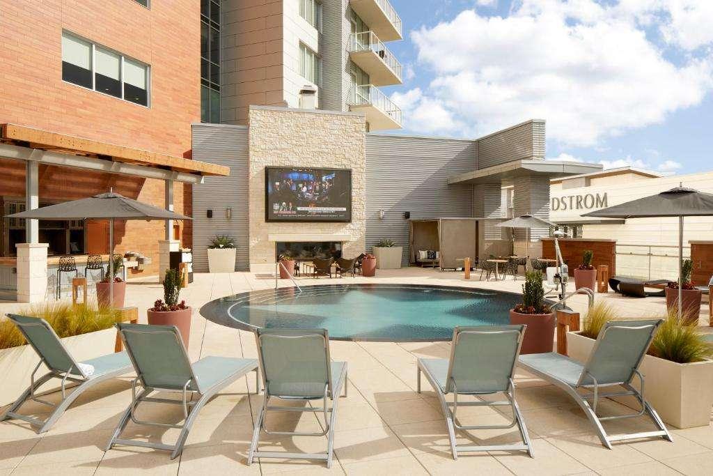 Archer Hotel Austin pool