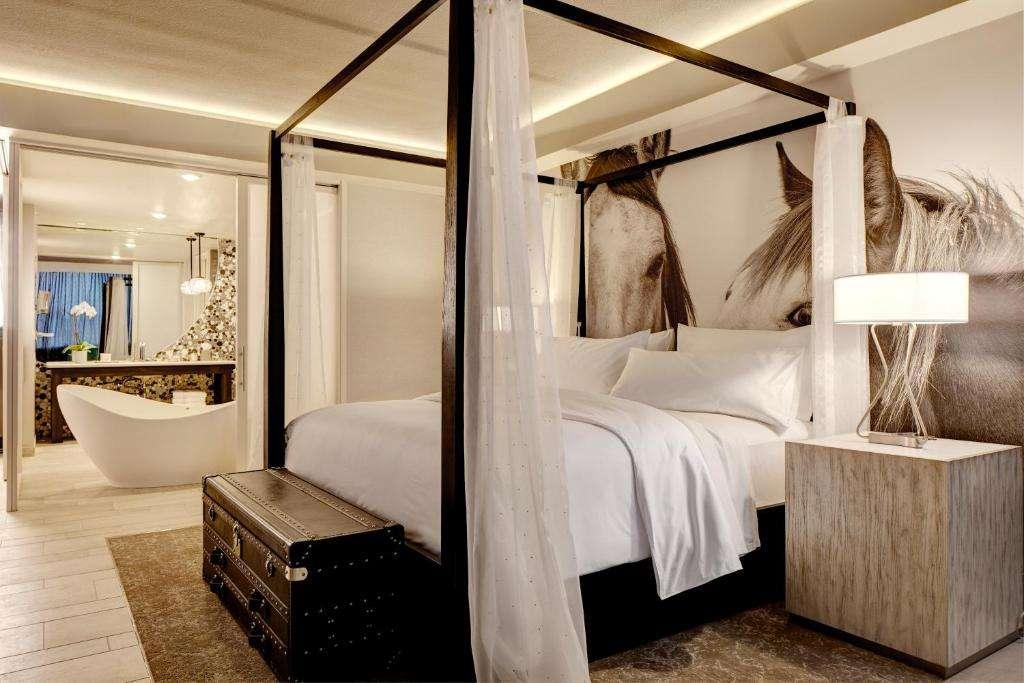 Archer Hotel Austin romantic suite