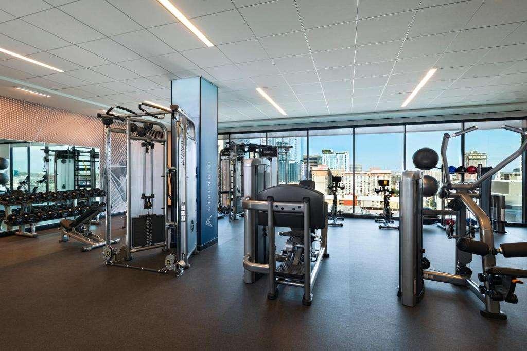 Austin Marriott Downtown gym