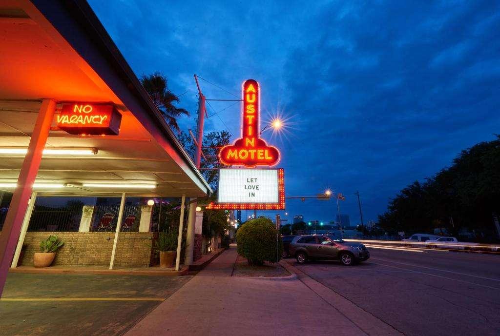 Austin Motel sign looks like a huge erect penis