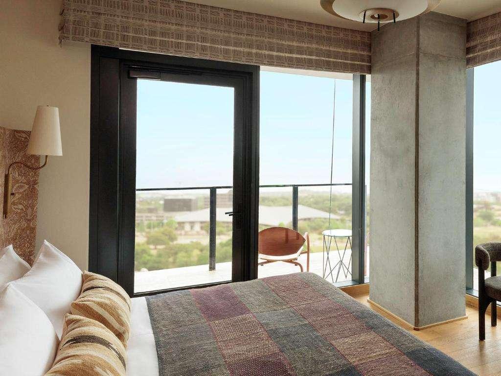 Austin Proper Hotel Premier King Balcony