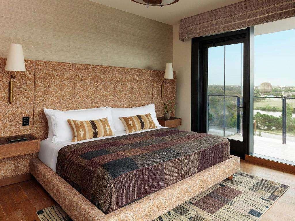 Austin Proper Hotel room with balcony