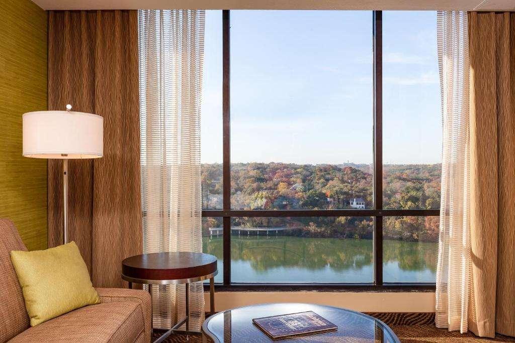 Holiday Inn Austin -Town Lake - lake views