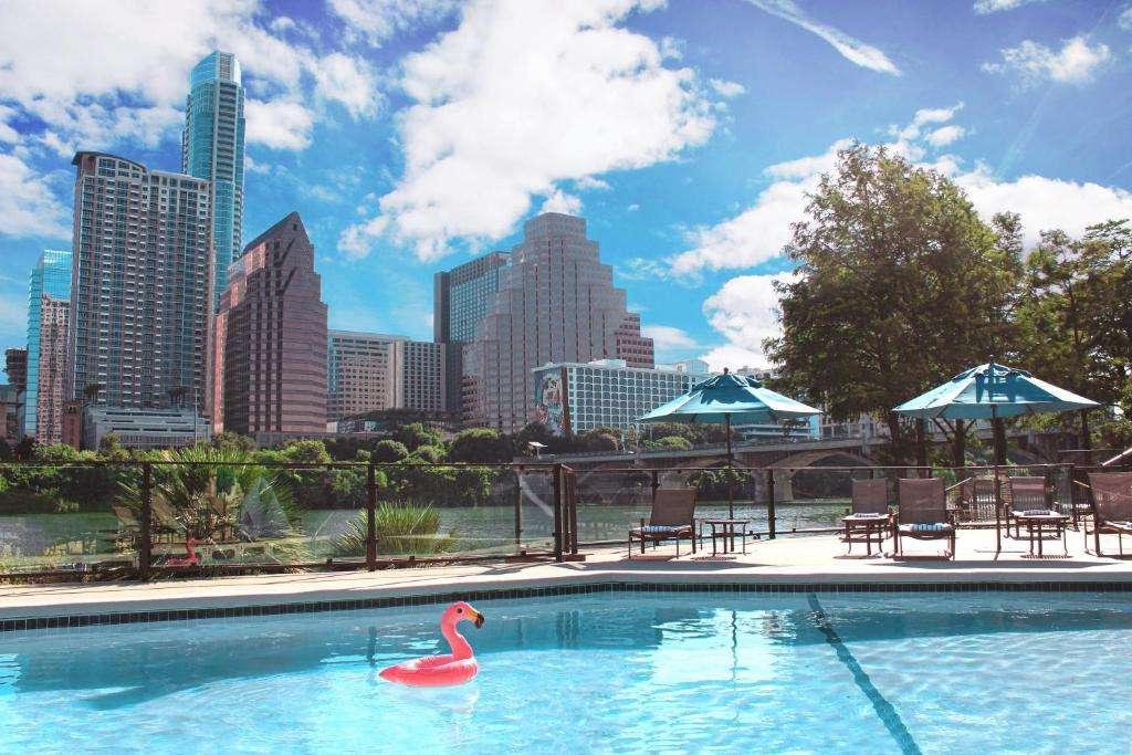 Hyatt Regency Austin swimming pool