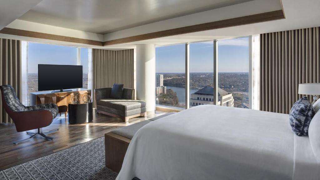 JW Marriott Austin luxury suite with a view