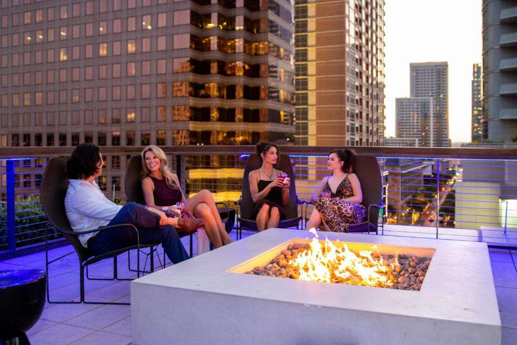 JW Marriott Austin rooftop fire pit