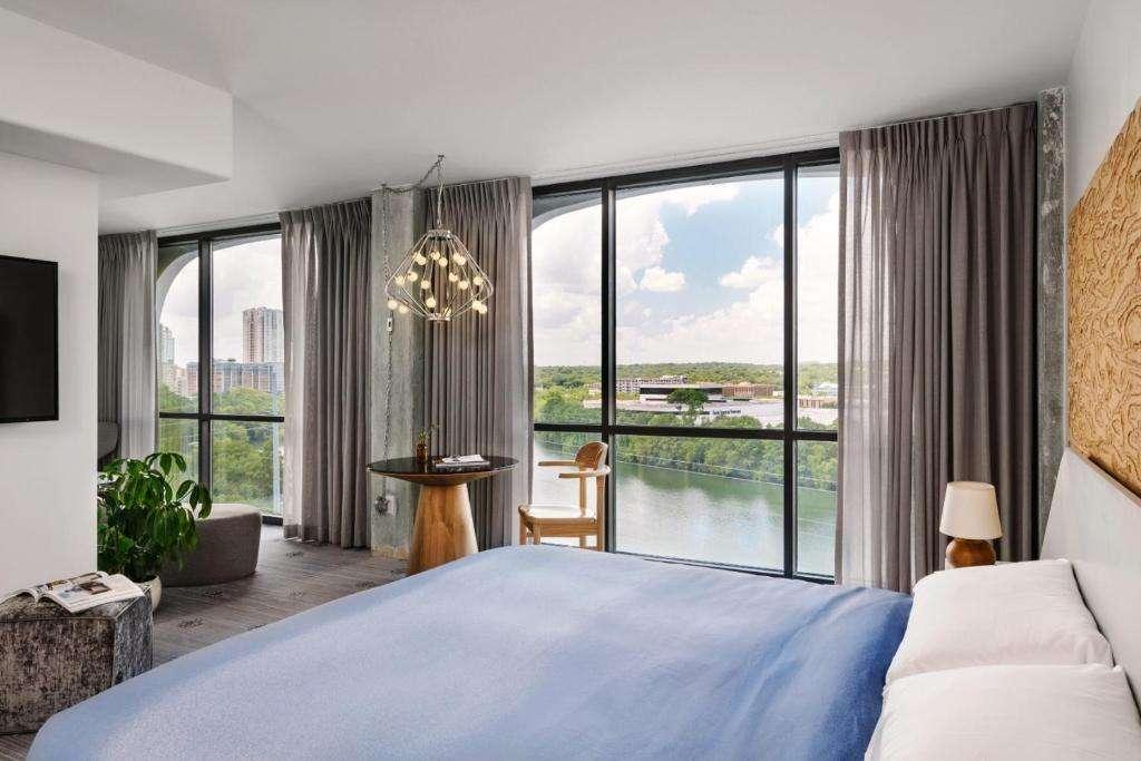 The LINE Austin luxurious hotel suite