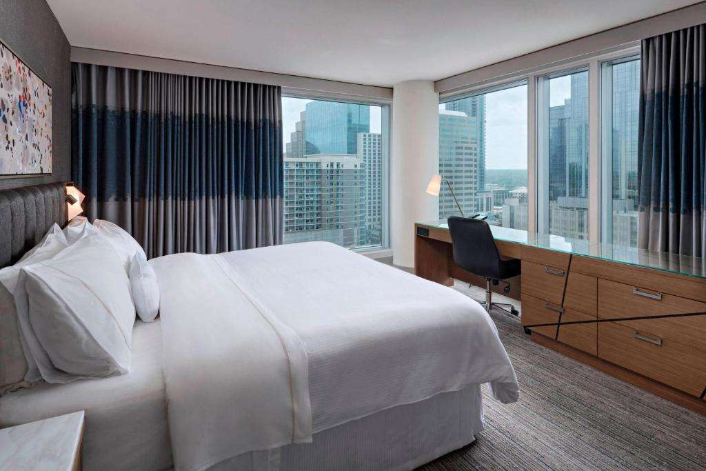 The Westin Austin Downtown hotel room